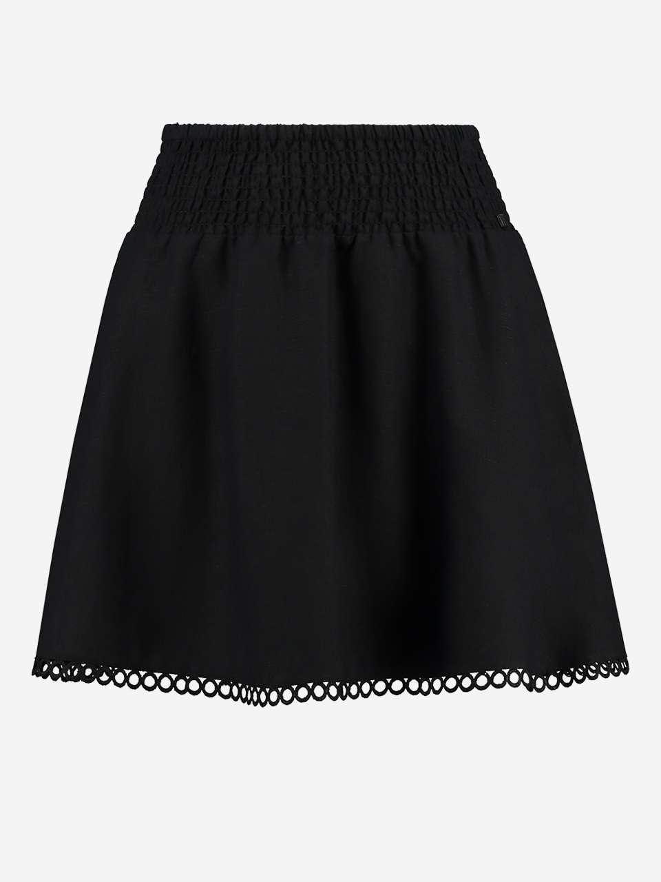 Mini-Skirt-Nikkie_3.jpg